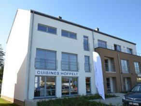 Arlon, avenue de Longwy, appartement de 3 chambres tout confort, cuisine équipée, cave, garage et terrasse. Goût et qualité