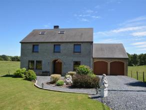 Maison d'habitation 4 chambres avec garages et jardin à Fouches, à 10 minutes d'Arlon.Belle maison unifamiliale 4 façades constru