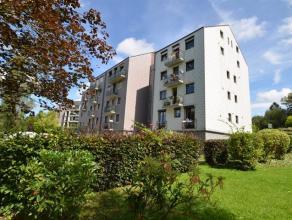 Appartement 2 chambres proche du centre d'Arlon.Situé au 1er étage d'une résidence construite en 1991, la surface habitable de l'