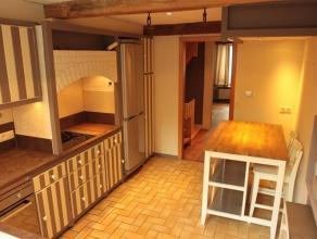 Très agréable appartement proche du centre de Bouillon-sur-Semois. Situé au 1er étage, il jouit de 2 accès ind&eacu