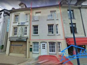 Maison à louer à Bouillon au prix de 600euro  Située au 34 de la rue de la Maladrerie, à lentrée de Bouillon, jolie