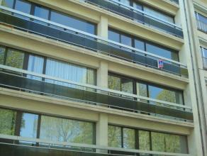 """Mons,Bd Kennedy,69-B23 très bel appartement de +/- 90m² situé au 3ème étage de la résidence """"De Brissy"""" comp.:"""