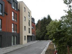 """Mons, Clos Fernand Debouck, 2-3,Résidence """"Floralies"""". Bel appartement neuf de +/- 53 m² idéalement situé près de div"""