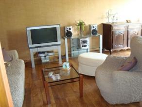 Appartement de +/- 63m² comprenant: cave,hall, dressing ,wc, séjour, cuisine semi-équipée, 1 chambre, salle de bains, balcon