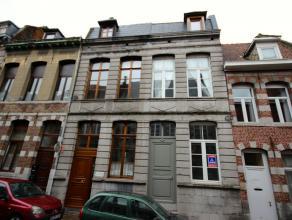 Mons rue de la Biche n° 13,très jolie maison de maître entièrement rénovée, proche de la Grand Place (rue calme)