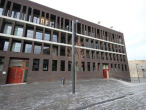 """Mons Place du Manège5/0.2, superbe appartement (rez - +/- 100m²) dans une nouvelle résidence de standing """"I LOVE MONS"""", proche du c"""