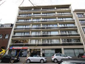Mons, boulevard P. Kennedy 69/18, bel appartement rénové et meublé (66m²) proche du centre-ville et des grands axes routiers