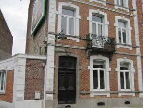 Mons blv Sainctelette 132, bel appartement (+/- 70m²) entièrement rénové, dans une maison de style montois, idéalemen
