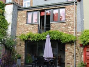 Mons avenue de Saint-Pierre N°12, charmante maison proche du centre ville, cadre verdoyant, comprenant: caves, entre-sol: : beau jardin, kitchenet