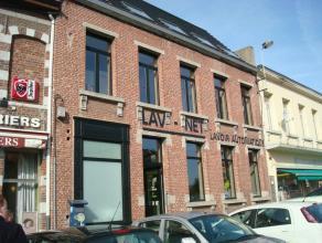 Mons rue des Chartriers 35, bel appartement situé dans le centre ville, proche des écoles et des commerces +/-60m² comprenant : hal