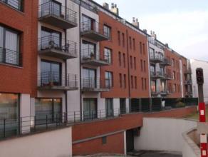 800euro/mois charges communes comprises superbe appartement avec parking couvert privatif compr hall wc buanderie salle de bain 2ch séjour livi