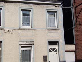 Rue d'Ecaussinnes 129 - Maison 2 chambres, au rez de chaussée salle à manger, salon, cuisine semi équipée, au premier &eac