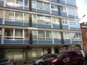 Appartement situé 6ème étage avec ascenseurA proximité des hôpitaux de Tivoli et Jolimont, des grands axes rou