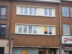 L'agence CIC de La Louvière vous propose à la location : Un très grand appartement rez de chaussée 1 chambre avec jardin a