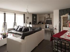 Dans une résidence récente, superbe APPARTEMENT DE STANDING se composant comme suit : Hall d'entrée, spacieux living avec cuisine