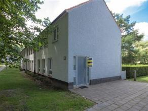 Située dans un quartier agréable verdoyant, jolie MAISON D'HABITATION se composant comme suit: Rez: hall d'entrée, WC sépa