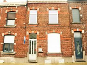 Maison de rangée très conviviale A proximité de Mons, rue calme aux abords des facilités. Idéal pour famille, profe
