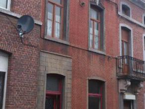 Maison située à proximité du centre de Jemappes. Se compose d'un hall d'entrée, living, salle à manger, cuisine, sa