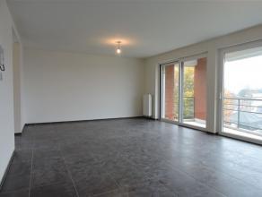 Magnifique appartement de 119m² situé au centre-ville de Templeuve et à 5 min de la frontière  française.Dans une r&e