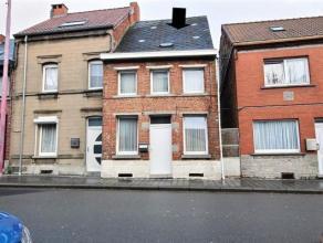 Agréable maison 3 façades avec grand jardin de 4 ares a prox des commerces et accès, rénovée en 2010 avec salon, cu