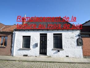Agréable maison située dans une rue calme proche des facitlites et des commodités. Comprenant : Living 33 m², cuisine, salle