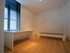 """""""Casa cum laude"""" : Kamer 7<br /> <br /> Deze studentenkamer geniet een luxueuze afwerking en beschikt over alle comfort. Elke kamer(18m²) heeft e"""