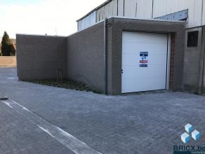 Ruime nieuwbouw stockeerplaats/magazijn/grote garage van 26 m² in het hartje van Assebroek. Voorzien van elektriciteit en verlichting. Onmiddelli