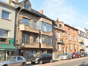 Dit gelijkvloerse appartement met één slaapkamer is ideaal gelegen, aan de bushalte, op enkele minuten van het station en het zand.<br /