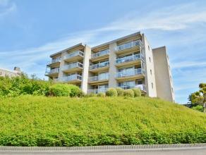 Dit smaakvol afgewerkt appartement (100m²) ligt op wandelafstand van het kloppend hart van het centrum van Brugge en is<br /> enkel bewoond gewee