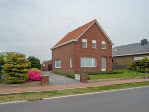 Dichtbij het centrum van Aalter, goede invalswegen en het station vinden we deze te moderniseren alleenstaande woning met veel potentieel op 777 m&sup