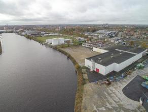 Bedrijfsgebouw (4.000 m²) gelegen op industriezone 'Herdersbrug'. <br /> <br /> INDELING:<br /> Bedrijfsgebouw bestaande uit een productiehal (vh