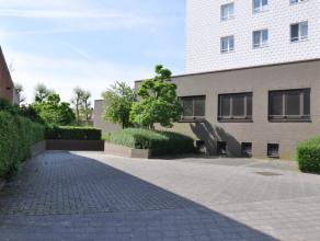 8 garages (nr. 8 - 15) te huur aan de rand van Brugge<br /> <br /> - Huurprijs: € 423,50 (incl. btw)