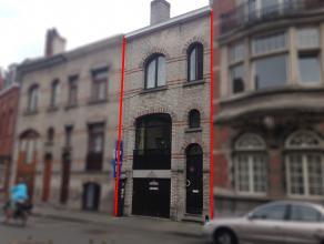 Centraal gelegen verhuurde bel-étage woning met drie slaapkamers, garage en stadstuintje op 100 meter van de markt.<br /> <br /> Indeling: <br