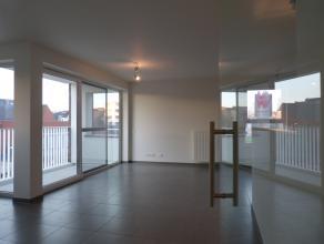 Dit instapklaar appartement situeert zich nabij het nieuwbouwproject van Dok Noord. De ideale combinatie van wonen en winkelen! Absolute rust is gegar