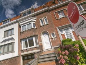 Perfect gesitueerd in een van Kortrijks goede en mooie buurten vindt u deze aangename burgerwoning.<br /> Op 20 meter is er een gezellig speelpleintje