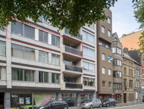 Via de locatie van het appartement (Sint-Lievenslaan) is de bewoner verzekerd van een optimale bereikbaarheid. Het stadscentrum en de winkelcentra zij