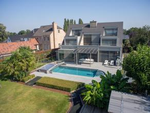 Op een grondoppervlakte van 3942m² vinden we deze unieke villa in Lede te koop. Deze woning is rustig gelegen buiten de stadsrand van Lede, bevin