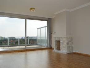 Instapklaar appartement met 2 slaapkamers nabij centrum Roeselare!<br /> <br /> INDELING:<br /> <br /> inkom met vesttiairekast, afzonderlijk toilet,