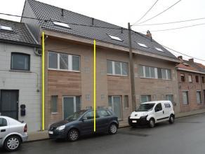 Knusse recente woning vlakbij centrum Roeselare.<br /> <br /> De woning omvat:<br /> inkom (2m²), apart toilet (1m²), via glazen deur toegan