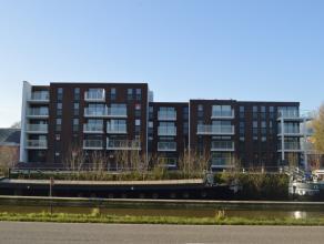 Op een rustige locatie vinden we dit volledig afgewerkt nieuwbouw appartement te koop. Gelegen aan de Westkaai met een vlotte verbinding naar autosnel