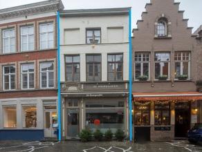 Overname handelsfonds fondue-huis in het volle centrum van Brugge op een zeer goeie toeristische ligging.<br /> <br /> Indeling:<br /> > Volledig g