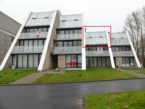 Appartement op 2°V. met 2 slaapkamers, terras en prachtig zicht!<br /> <br /> INDELING:<br /> 2°V.: inkom - afzonderlijk toilet - woonkamer (3