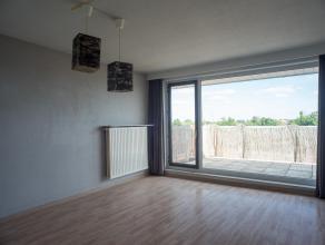 Dit 1-slaapkamer appartement is gelegen nabij het centrum van Roeselare op wandelafstand van het station.<br /> <br /> INDELING<br /> <br /> Inkomhal