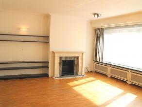 Dit gezellige appartement bevindt zich op 500 m van de grote Markt, vlakbij het oude Gerechtsgebouw. Ideaal gelegen voor wie rustig en centraal wil wo