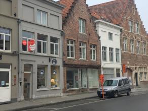 Gezellig appartement met 1 slaapkamer in centrum Brugge.<br /> <br /> Indeling:<br /> 1°V.: gezellige woonkamer met open geïnstalleerde keuke