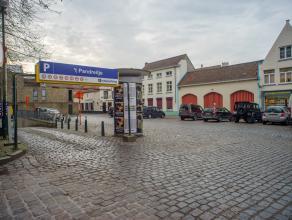 Het bedrijfsgebouw/handelspand betreft het voormalige koetshuis van de gevangenis 't Pandreitje, dat in 2005 werd herontwikkeld.<br /> <br /> Benutbar