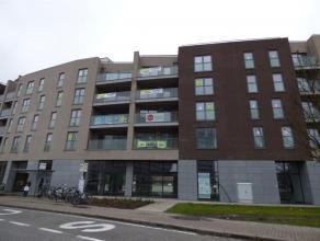 """Dit prachtige nieuwbouwappartement (109,70 m²) is gelegen in het project """" De Mechelse Poort""""  in het centrum van de stad en nabij station schole"""