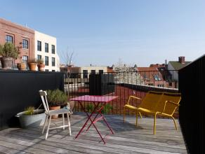 Langs de Sint Antoniuskaai en aan het sierlijke Sint Antoniushof ligt dit prachtige appartement in de residentie 'Lievehof'. <br /> Het appartement is