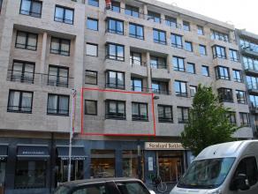 Ruim 2 slaapkamer appartement gelegen aan de Grote Markt in Kortrijk in de hoogstaande residentie Excelsior.<br /> Het appartement heeft een grote lee