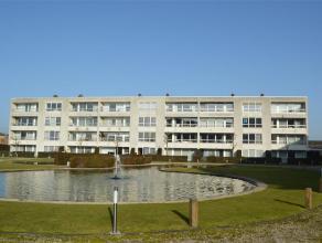 In het centrum van Roeselare vinden we dit knus appartement met één slaapkamer. Gelegen nabij het station met een vlotte doorgang naar d